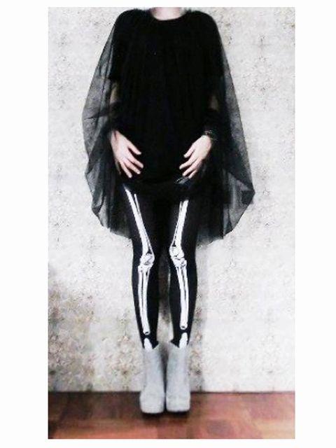 Textile, Style, Black, Tights, Costume, Fur, Silver, Costume design, Mantle, Fashion illustration,