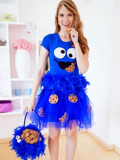 Blue, Sleeve, Dress, Electric blue, Cobalt blue, One-piece garment, Costume accessory, Day dress, Costume, Fictional character,