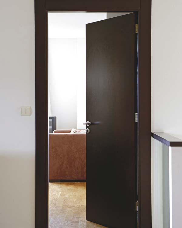 Colores de puertas de madera best zapatero madera with for Colores para pintar puertas de madera
