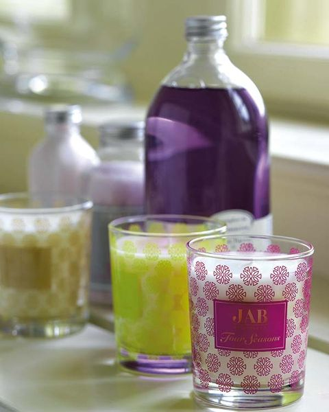 Drinkware, Liquid, Bottle, Fluid, Drink, Glass bottle, Glass, Tableware, Serveware, Alcoholic beverage,