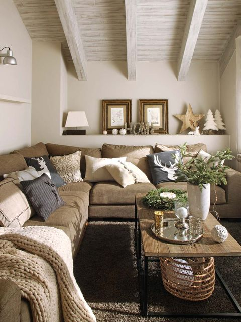 Living room, Room, Furniture, Interior design, Property, Ceiling, Home, Table, Wall, Building,
