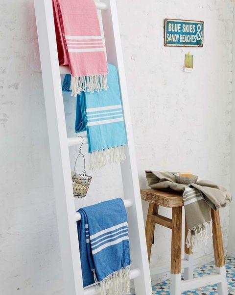 Escalera toallero