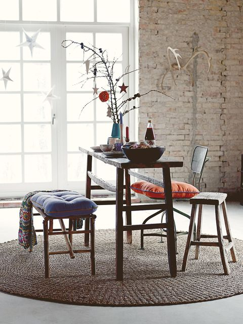 Room, Table, Interior design, Furniture, Twig, Glass, Fixture, Coffee table, Kitchen & dining room table, Dining room,