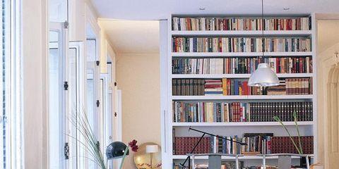 Interior design, Room, Floor, Shelf, Bookcase, Shelving, Wall, Furniture, Interior design, Ceiling,