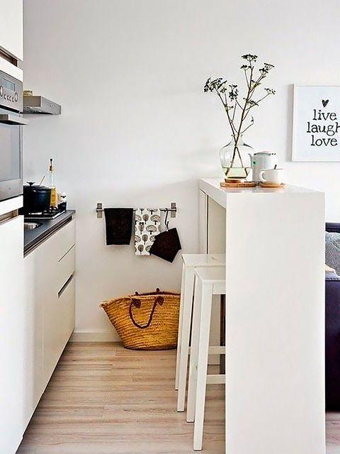 Room, Interior design, Floor, Cabinetry, Interior design, Cupboard, Grey, Home accessories, Artifact, Home,