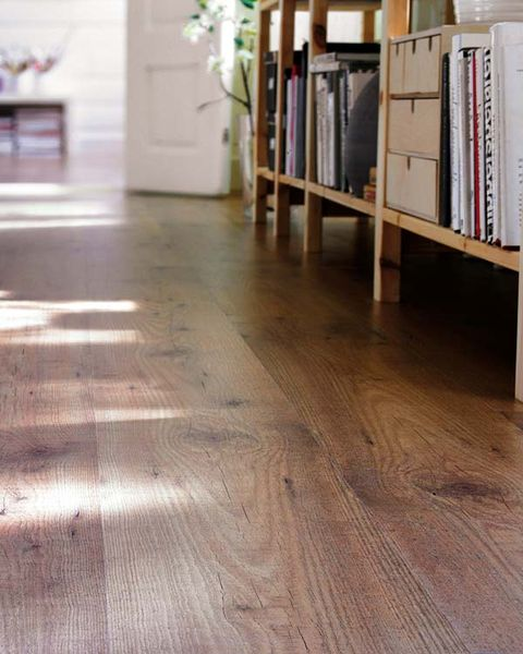 Wood, Floor, Flooring, Brown, Hardwood, Property, Wood flooring, Laminate flooring, Wood stain, Room,