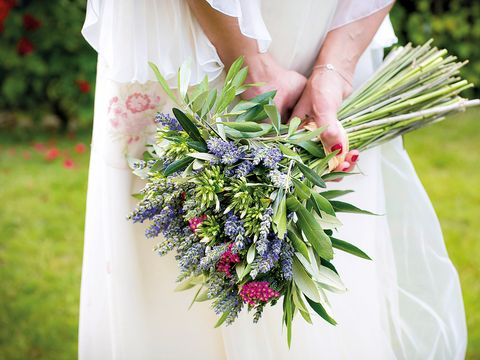 Bouquet, Flower, Plant, Lavender, Grass, Cut flowers, Floristry, Dress, Flower Arranging, Floral design,