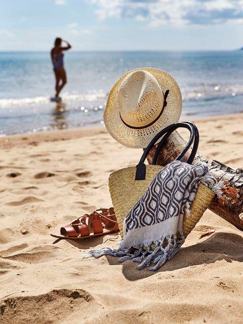 playa bolsa y sombrero de paja de affari