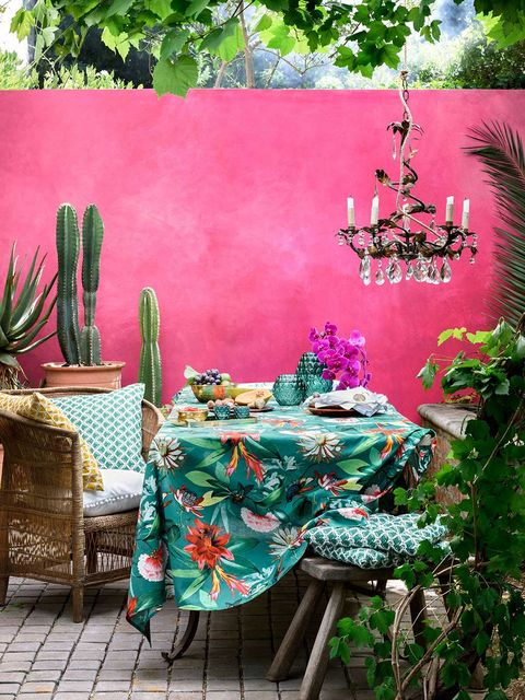 Green, Turquoise, Pink, Tablecloth, Botany, Textile, Garden, Linens, Magenta, Table,