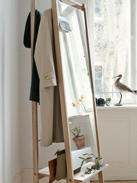 Textile, Room, Interior design, Fixture, Grey, Beige, Interior design, Clothes hanger, Home accessories, Bird,