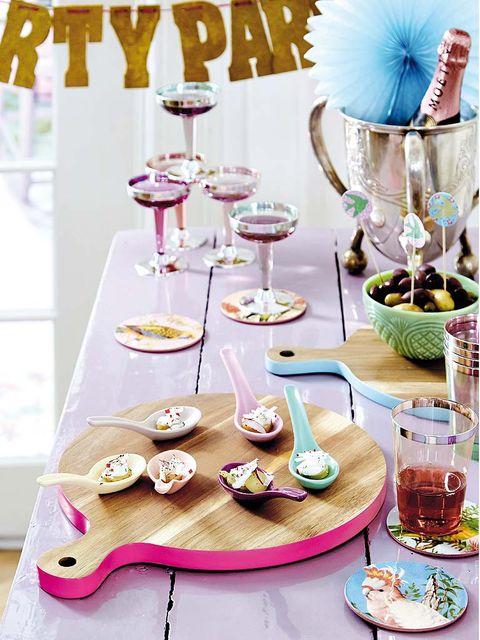 Serveware, Dishware, Tableware, Drinkware, Stemware, Plate, Dish, Home accessories, Barware, Wine glass,