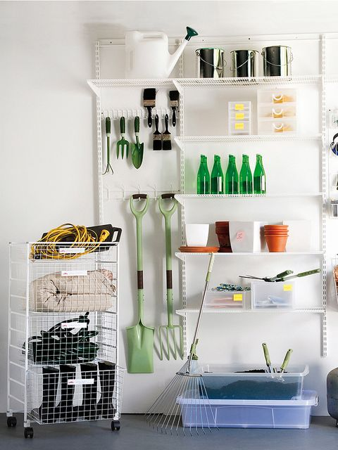 Shelf, White, Green, Shelving, Room, Furniture, Interior design, Design, Material property, Kitchen,
