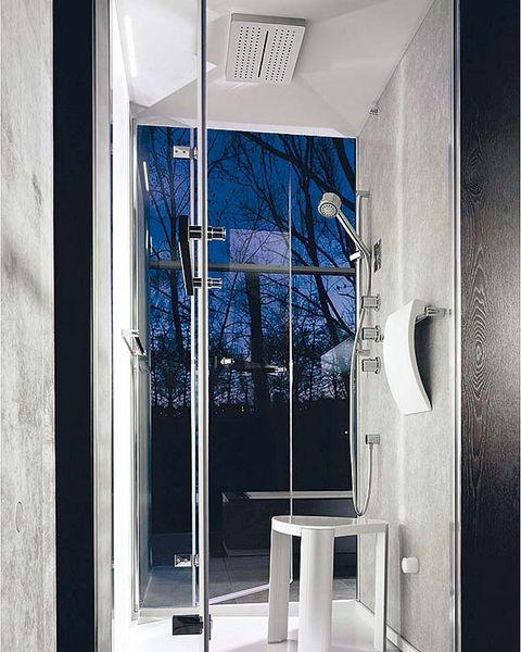 Glass, Fixture, Home door, Door, Door handle, Aluminium, Transparent material, Handle, Daylighting,