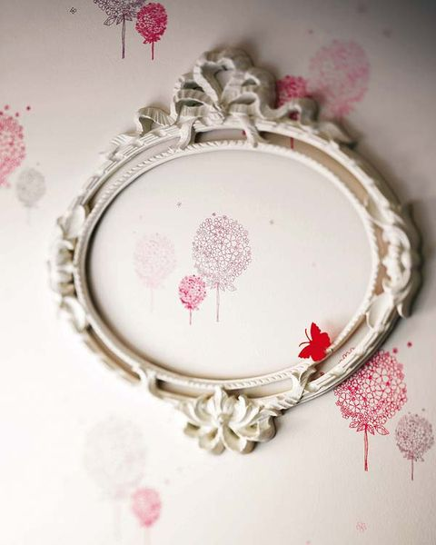 Dishware, Pink, Serveware, Pattern, Magenta, Circle, Creative arts, Craft, Oval, Embroidery,