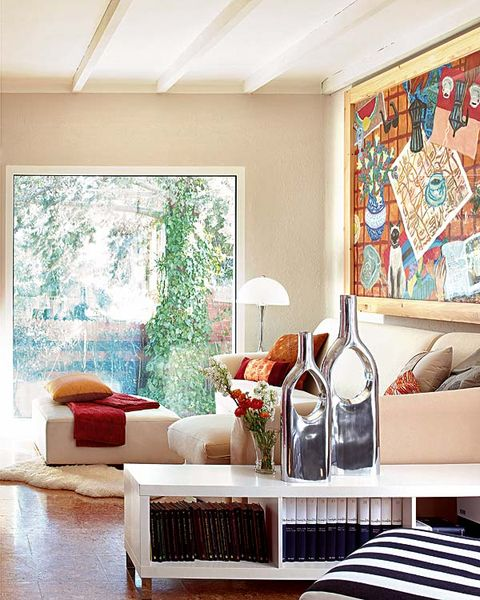 Room, Interior design, Wall, Bottle, Glass bottle, Ceiling, Drink, Floor, Interior design, Home,