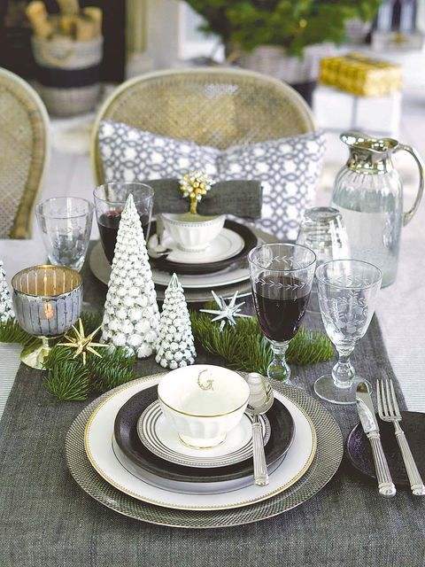 Serveware, Dishware, Drinkware, Glass, Tableware, Porcelain, Stemware, Tablecloth, Linens, Saucer,