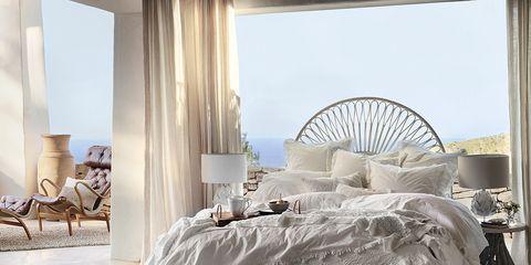 Floor, Interior design, Room, Textile, Flooring, Interior design, Linens, Home accessories, Hall, Basket,