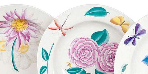 Dishware, Serveware, Petal, Porcelain, Ceramic, Flowering plant, Creative arts, Teacup, Rose family, Rose order,
