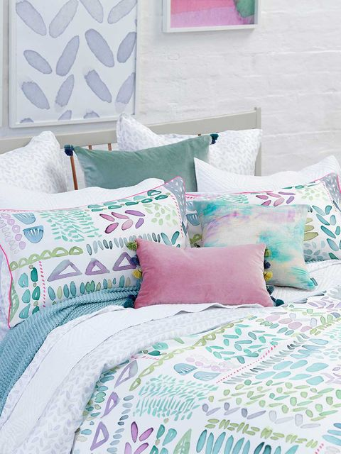 Blue, Green, Room, Textile, Bedding, Interior design, Pink, Cushion, Turquoise, Linens,
