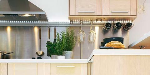 Room, Interior design, Dishware, Shelving, Cupboard, Serveware, Grey, Cabinetry, Beige, Home,