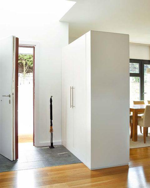 Wood, Floor, Flooring, Property, Hardwood, Wood flooring, Laminate flooring, Wood stain, Interior design, Fixture,