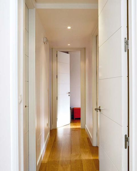 Architecture, Property, Floor, Flooring, Wall, Ceiling, Fixture, Home door, Door, Symmetry,