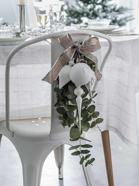 White, Ribbon, Petal, Party supply, Cut flowers, Artificial flower, Silver, Natural material, Plant stem, Transparent material,