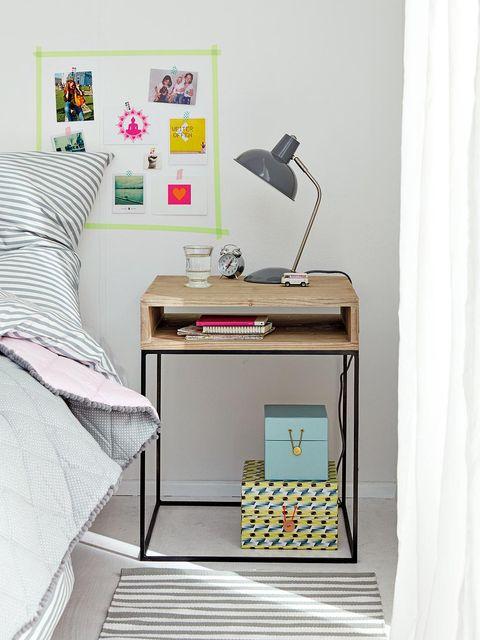 Room, Lamp, Office equipment, Interior design, Bed, Linens, Bedding, Bedroom, Bed sheet, Home accessories,