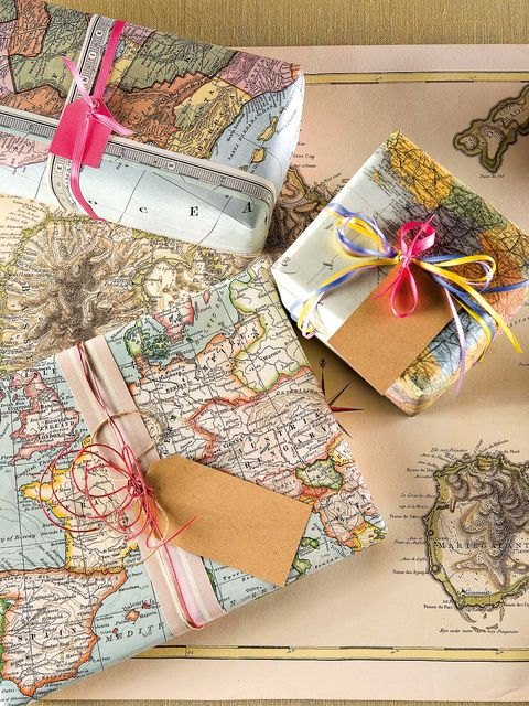 Paper product, Paper, Stationery, Wallet, Creative arts, Ribbon, Craft, Present, Gift wrapping,