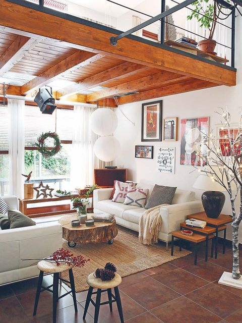 Room, Interior design, Wood, Floor, Living room, Table, Home, Furniture, Wall, Ceiling,
