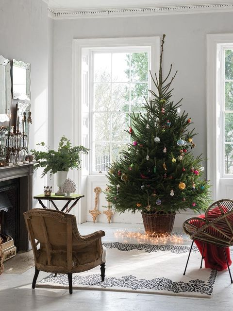 Interior design, Room, Furniture, Home, Interior design, Fixture, Christmas decoration, House, Christmas tree, Holiday,