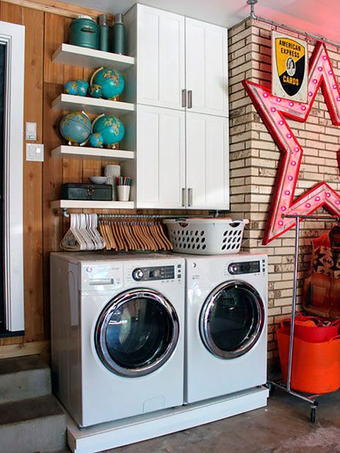 Washing machine, Laundry, Laundry room, Major appliance, Clothes dryer, Room, Home appliance, Cabinetry, Shelf, Furniture,
