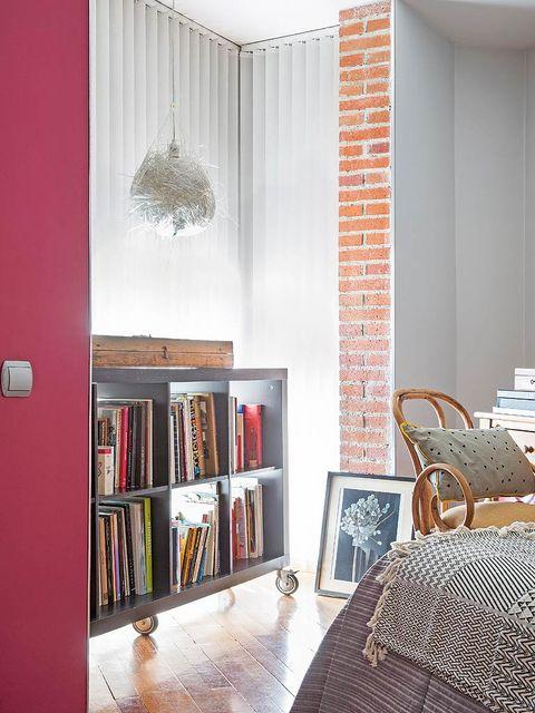 Interior design, Room, Wood, Floor, Wall, Flooring, Shelf, Interior design, Light fixture, Bookcase,