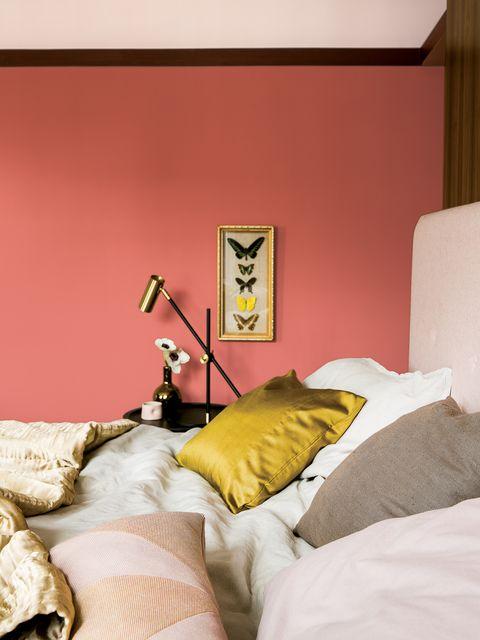 Lighting, Yellow, Room, Interior design, Textile, Wall, Bedding, Linens, Bedroom, Bed sheet,