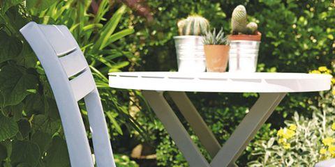 Outdoor furniture, Bird, Outdoor table, Armrest, Natural material, Folding chair,