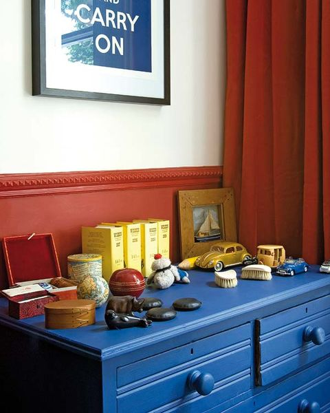Drawer, Room, Cabinetry, Picture frame, Curtain, Chest of drawers, Dresser, Sideboard, Majorelle blue, Interior design,