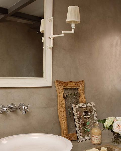 Room, Wall, Interior design, Interior design, Lampshade, Lighting accessory, Plumbing fixture, Ceramic, Artifact, Porcelain,