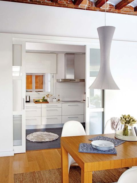 Room, Wood, Interior design, Floor, White, Table, Furniture, Flooring, Flowerpot, Home,