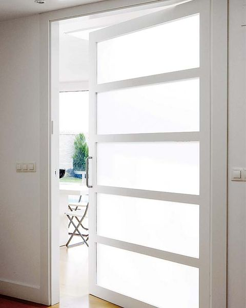 Property, Glass, Interior design, Fixture, Home door, Door, Daylighting, Door handle, Handle, Transparent material,