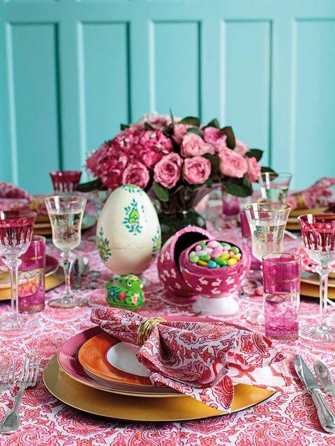 Pink, Table, Food, Centrepiece, Tableware, Magenta, Brunch, Sweetness, Christmas decoration, Dessert,