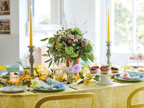 Yellow, Brunch, Meal, Table, Lavender, Purple, Centrepiece, Rehearsal dinner, Party, Flower,