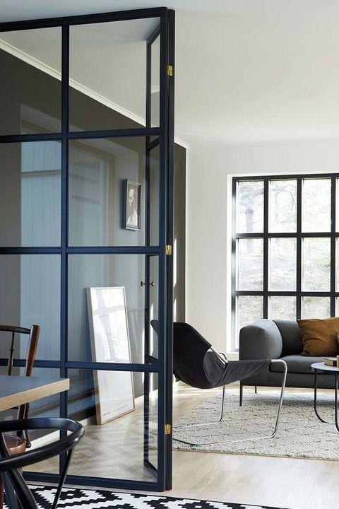 salón moderno en blanco y gris