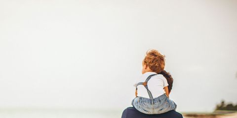 Sleeve, Shoulder, Elbow, Joint, Standing, Back, Bag, Khaki, Street fashion, Pocket,