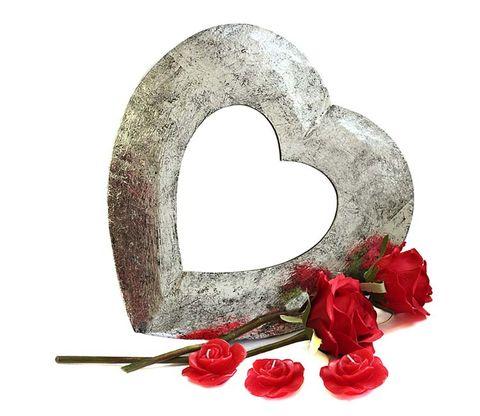 Petal, Rose family, Fruit, Baked goods, Heart, Artificial flower, Flowering plant, Rose order, Snack, Garden roses,