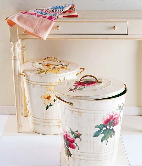 Home accessories, Peach, Linens, Coquelicot, Paint, Cabinetry, Porcelain, Lid, Cylinder, Creative arts,