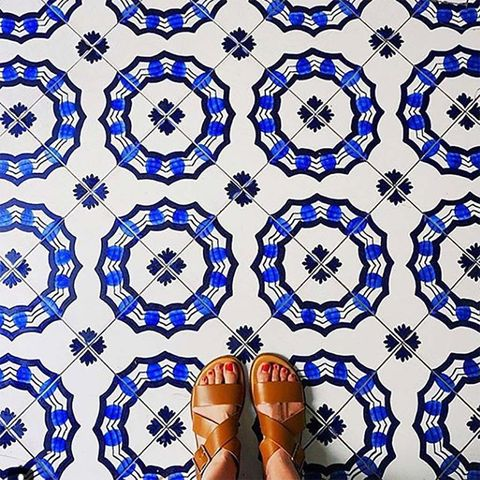 Pattern, Blue, Cobalt blue, Symmetry, Design, Textile, Pattern, Visual arts, Electric blue, Circle,