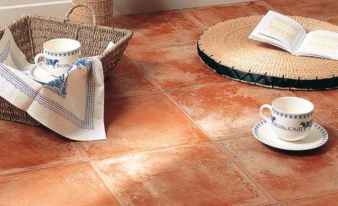 suelo de baldosas de barro cocido