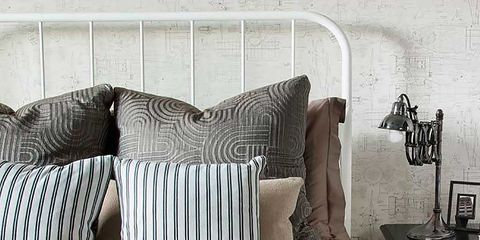 Room, Interior design, Textile, Furniture, Wall, Style, Linens, Bedding, Black, Pillow,