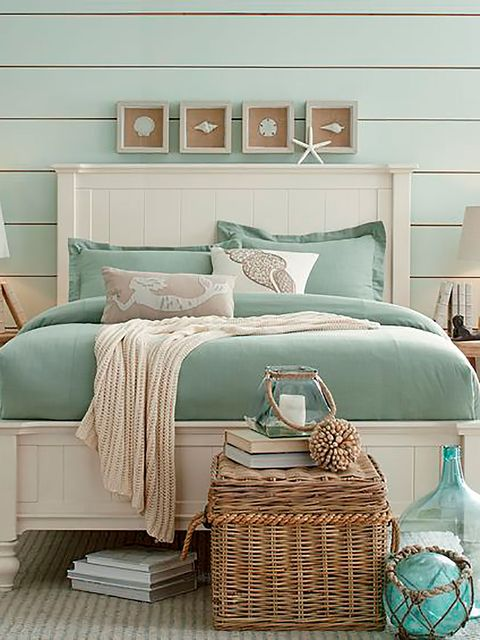 Blue, Room, Green, Interior design, Wall, Textile, Bedding, Turquoise, Teal, Aqua,