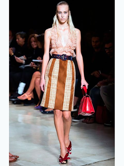 Clothing, Footwear, Brown, Event, Fashion show, Shoulder, Human leg, Joint, Red, Runway,
